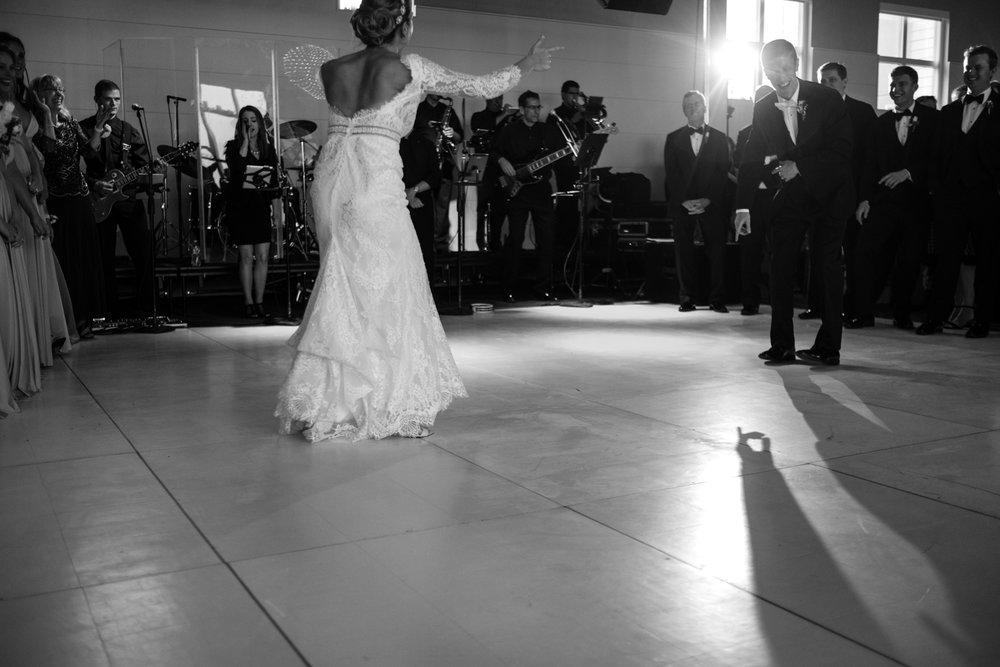 Alia_Ryan_Cliff_House_Maine_Wedding-91.jpg