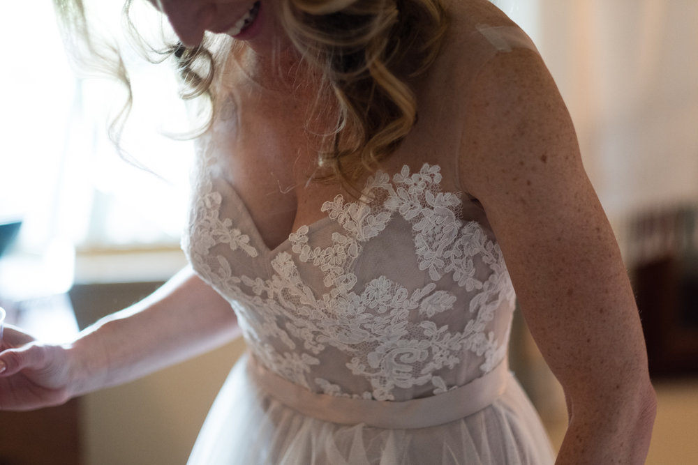 Kirsten_Zack_Maine_Wedding-20.jpg
