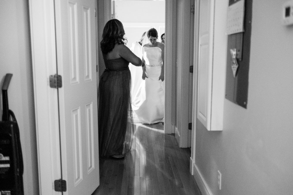 Holly_Austin_Portland_Wedding-10.jpg