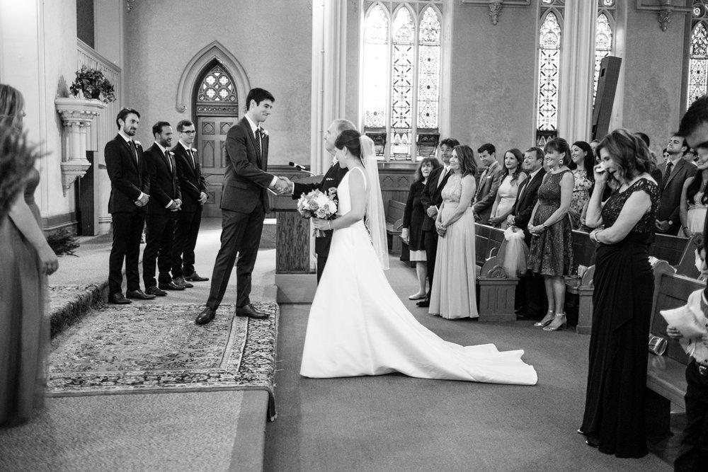 Holly_Austin_Portland_Wedding-29.jpg