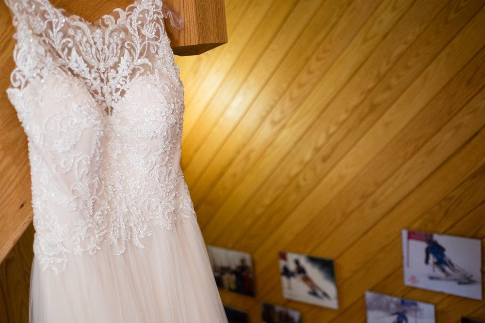 Jen_Dan_Sugarloaf_Maine_Wedding-9.jpg