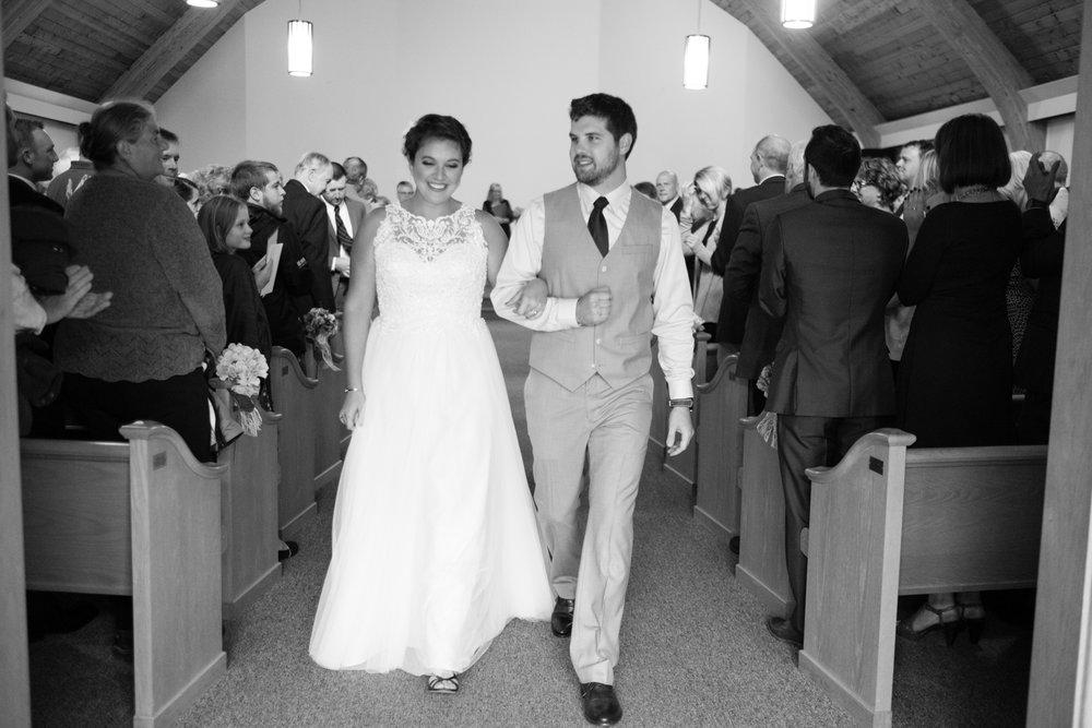 Jen_Dan_Sugarloaf_Maine_Wedding-83.jpg