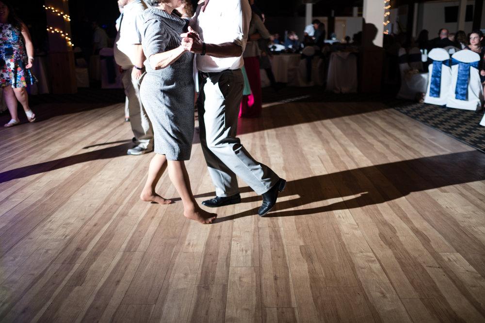 Jen_Dan_Sugarloaf_Maine_Wedding-94.jpg