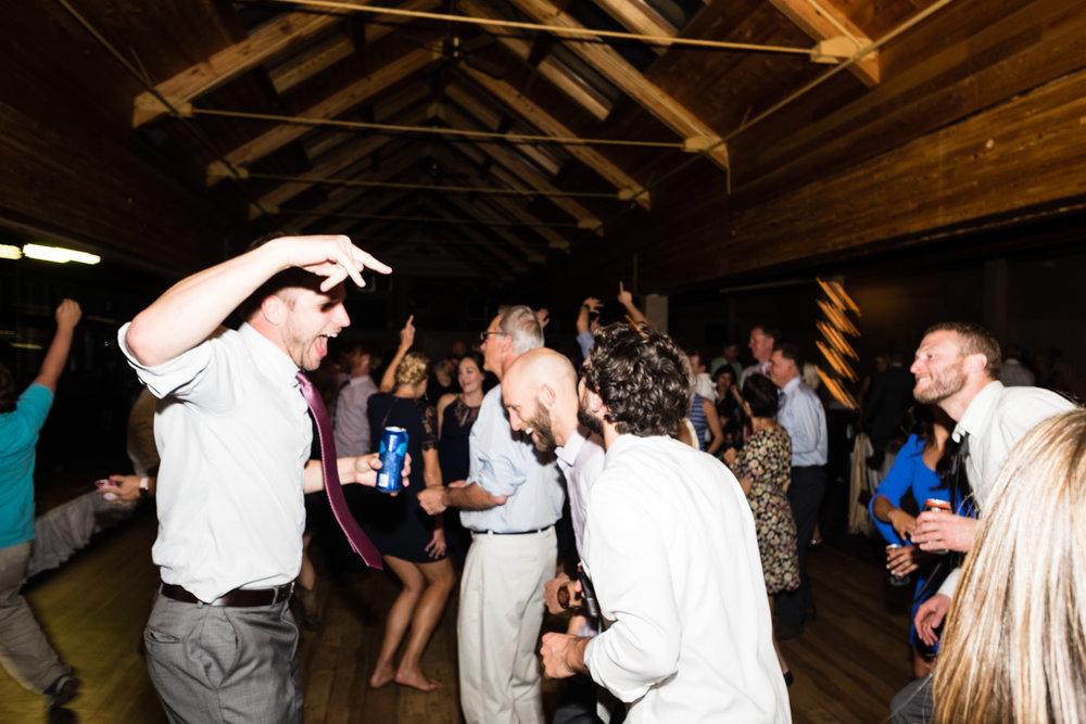 Jen_Dan_Sugarloaf_Maine_Wedding-99.jpg
