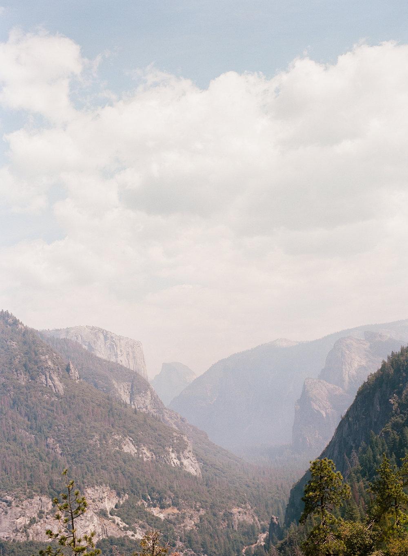 Amelia_Max_Yosemite_Elopement-87.jpg