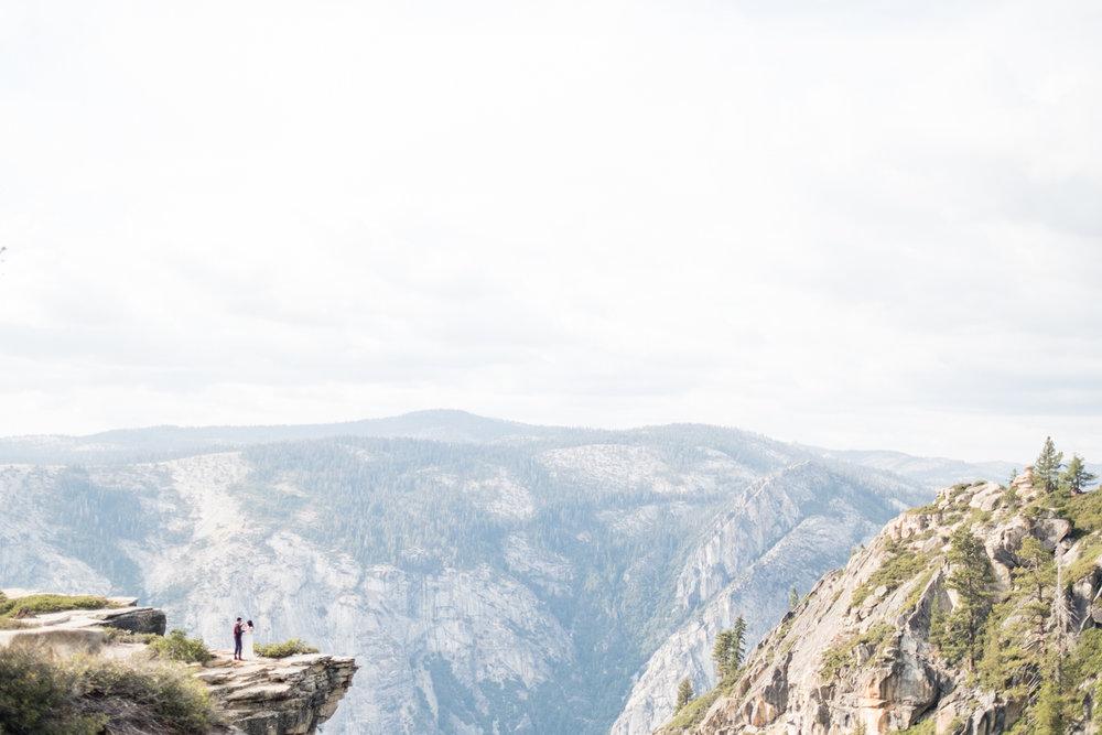 Amelia_Max_Yosemite_Elopement-113.jpg