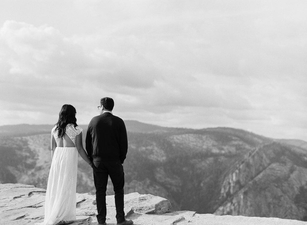 Amelia_Max_Yosemite_Elopement-112.jpg