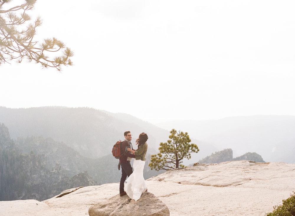 Amelia_Max_Yosemite_Elopement-123.jpg