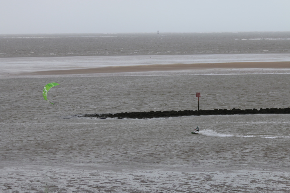 Kiteboarding Llanelli style: it's 7C/45F with 25+ mph winds.