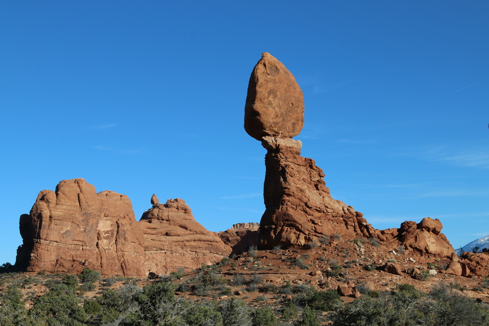 Arches NP: Balanced Rock (the rock itself is 55' high).