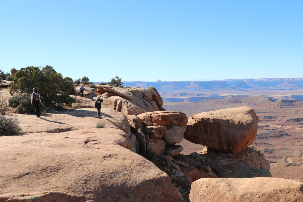 Canyonlands NP: hiking out to Grand View Point Overlook.
