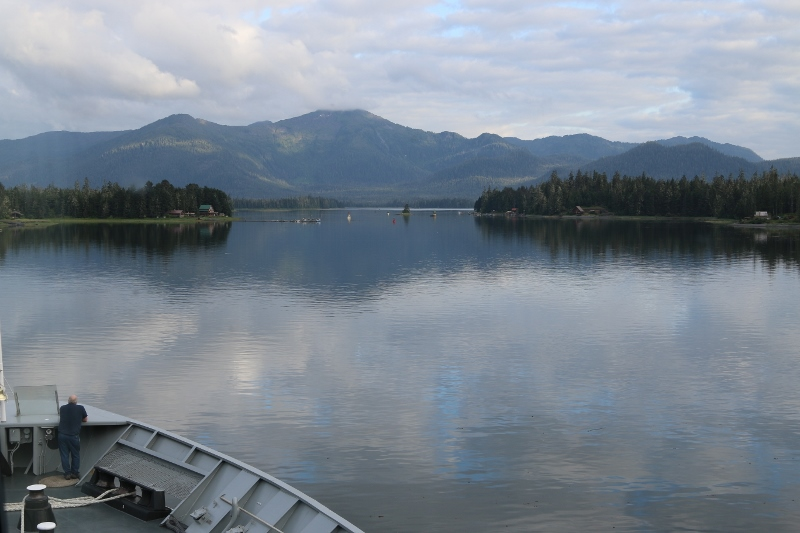 Wrangell Narrows. Right a bit. Bit more....