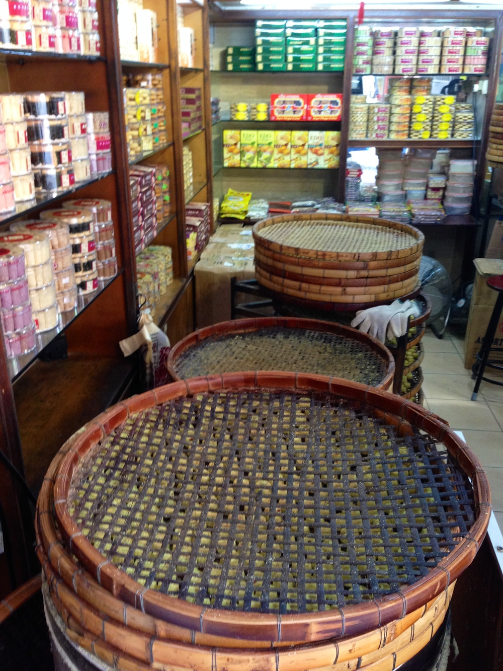 Making traditional sweets in Macau