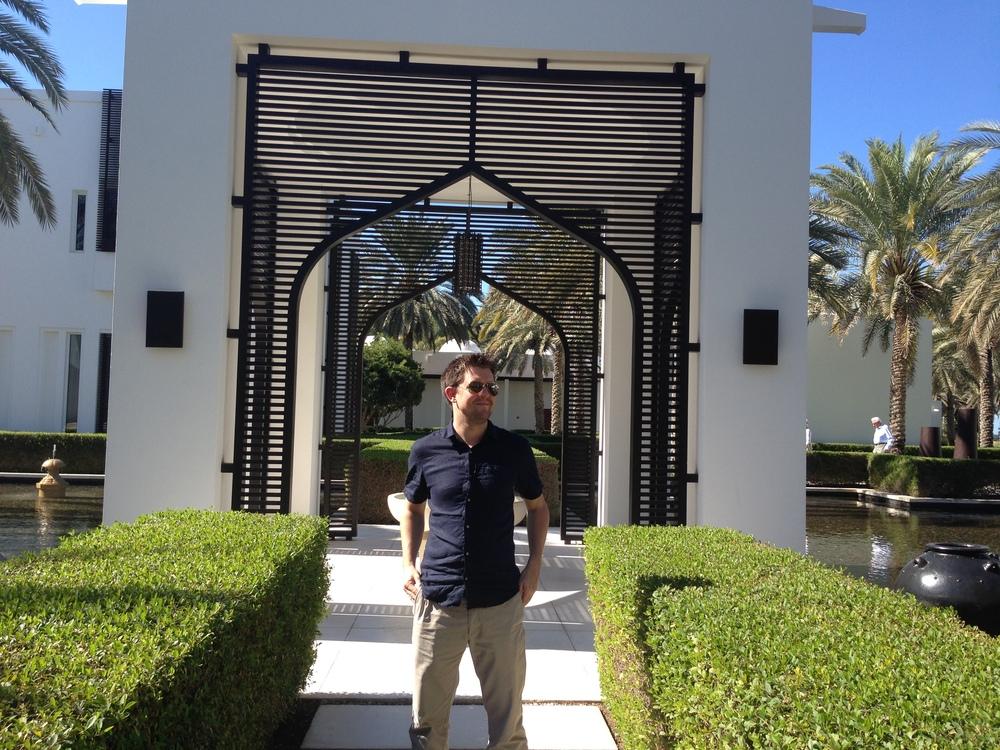 Joe in the Chedi gardens