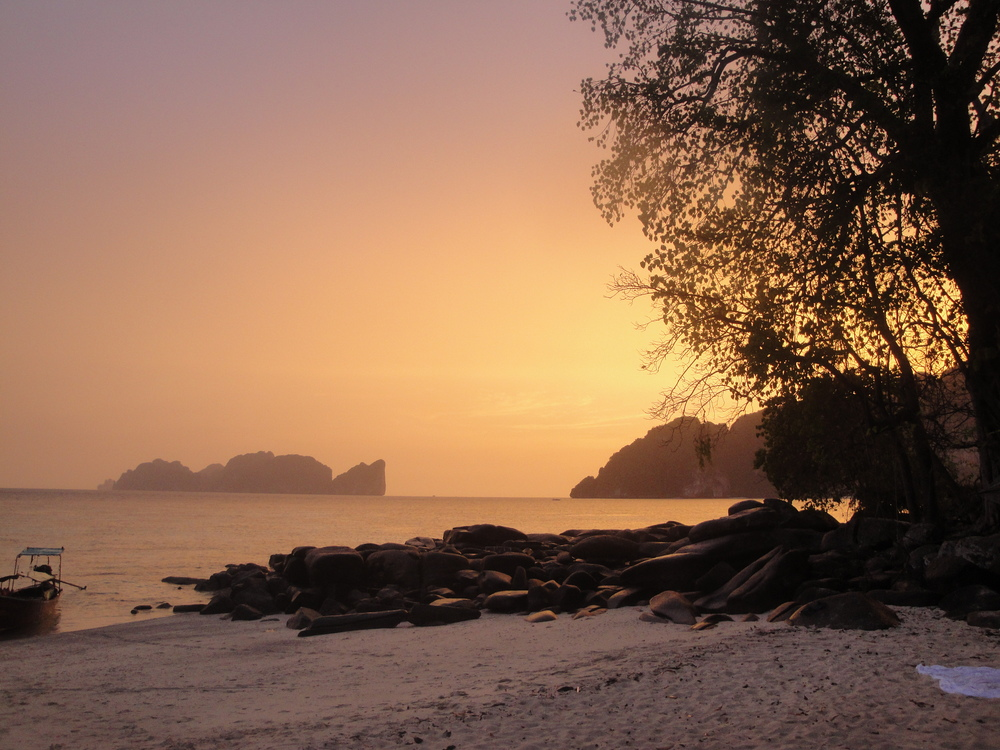Thai sunsets are legendary: slow, sultry and stunningly coloured.