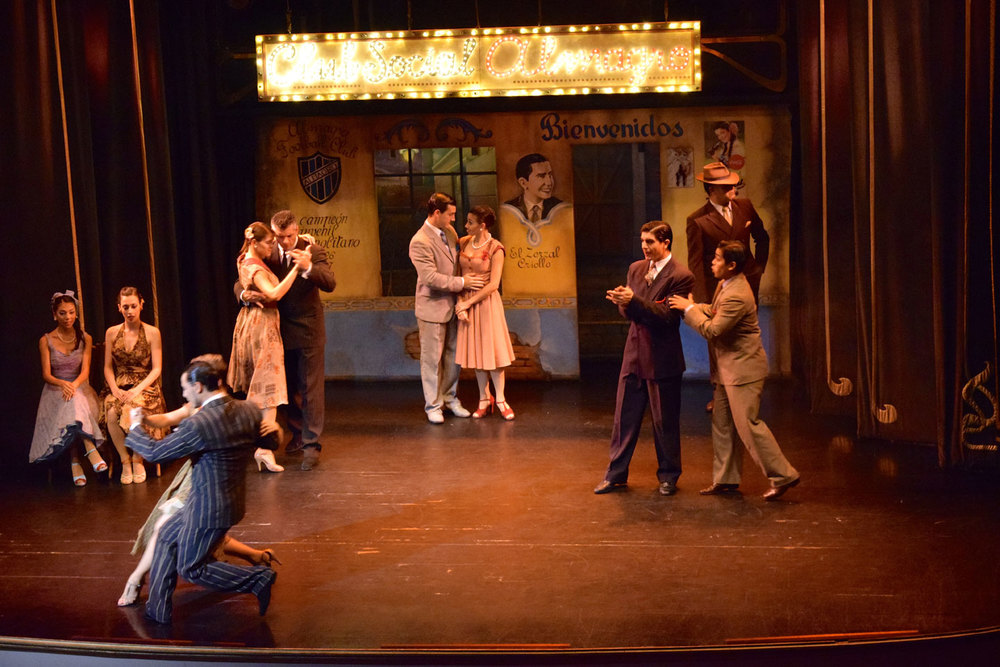The tale of tango unfolds on stage