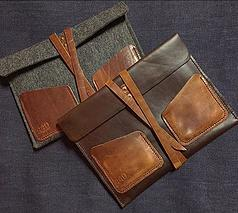 Derek, the owner/creator, makes stunning leather goods for men and women! His men's wallets, iPad cases and Comb & Sheath kits are particularly awesome and giftable!
