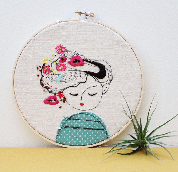 Wonderfully unique, Elena comes up with hand embroidered hoop art inspired by women and men who are not afraid to be different!