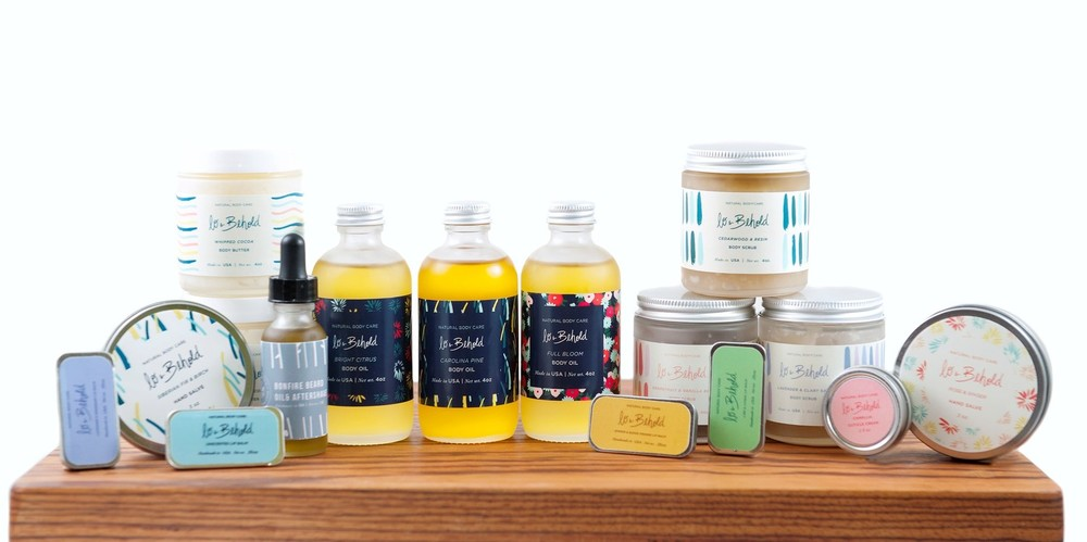 Silky soft skin is a must have during the chilly winter months, and Lo & Behold Naturals is the perfect small biz to give it to you. With many natural skin care products from lip balm to whipped body butter, Lo & Behold is the perfect stocking stuffer or gift basket addition!