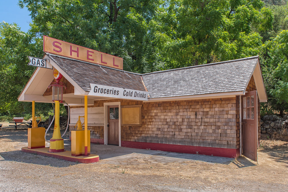 Old Shell station in Penn Valley (Bridgeport)