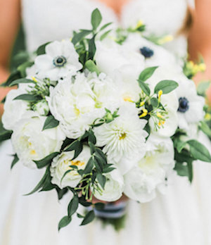 Slightly looser, mounded, bouquet. Photo credit: Hay Alexandra Photography.
