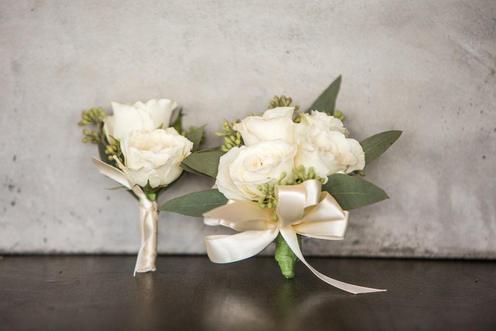 ... Peach Garden Rose Boutonniere
