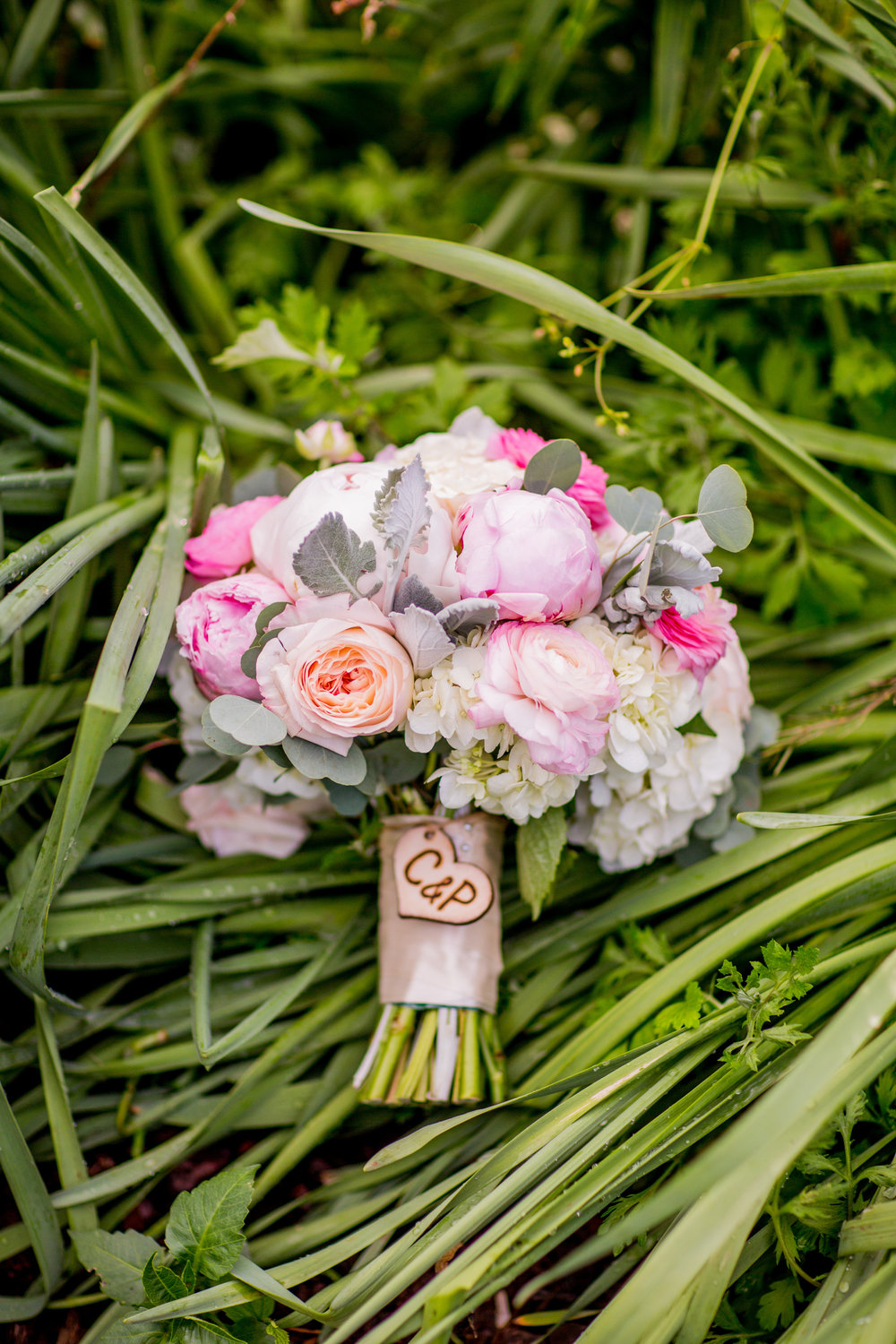 Pink Peonies in a blush bouquet, Photography by Kelly Pollack at Kaypea Photography.