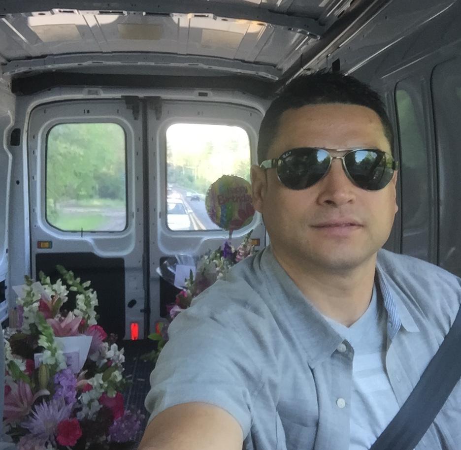 Carlos-driving.jpeg