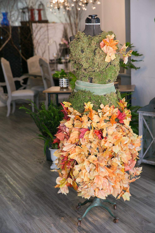 Dress-form-shop-fall-flowers.JPG