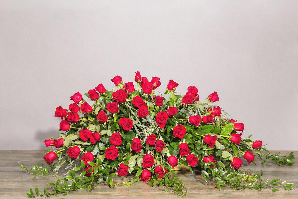 Full Casket - Roses $500