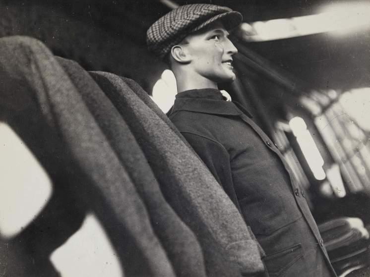 Tailor's mannequin , 1930-1931.