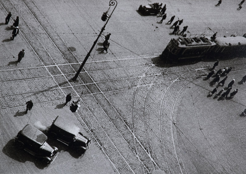 Turn of the Street Car Line , 1932.