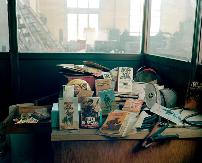 015_book_desk.jpg