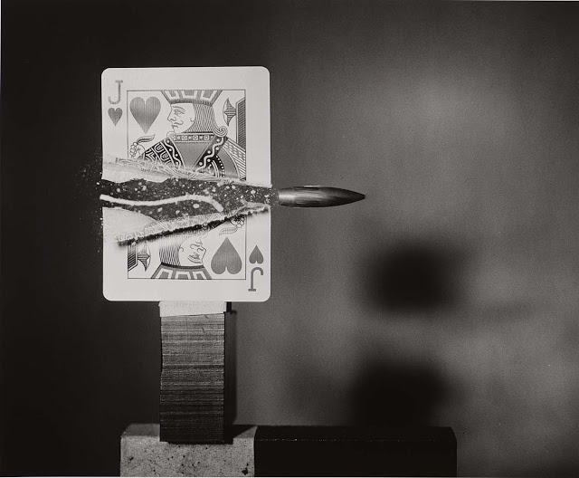 Harold E. Edgerton bullet through jack of hearts, 1960.jpeg