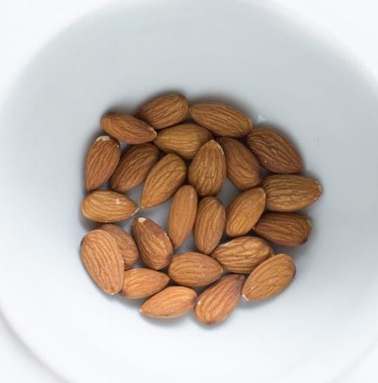 raw almonds.jpeg
