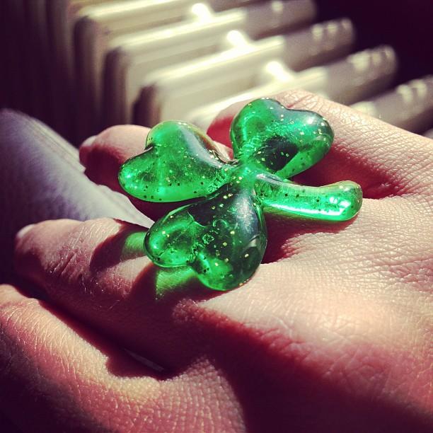 I found my #luckycharm last night! #happyStPattysday #clover #3leafclover #itstheluckohdeeirish