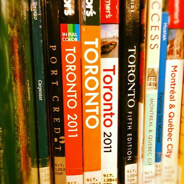 Check me, I'm a Tdot girl #torontolove #librarytings #urbanminerals #tdot
