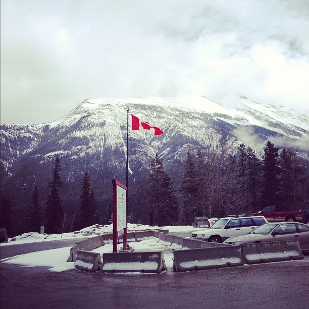 Beautiful Banff!! This was taken at the hot springs :) 🌁