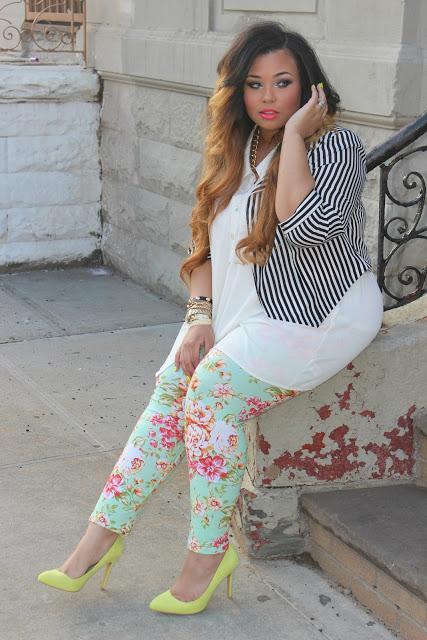 loveallchubbygirls: http://passionjonesz.blogspot.com/ floral & stripes Gorgeous