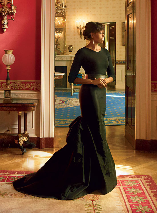 patrickandmarcus :      catchstds :        The First Lady of the United States, Michelle Obama, for Vogue US April 2013      WHYYYY COULDN'T   THIS   BE THE COVER?! :( This is fierce photo and she's a fierce First Lady     wow
