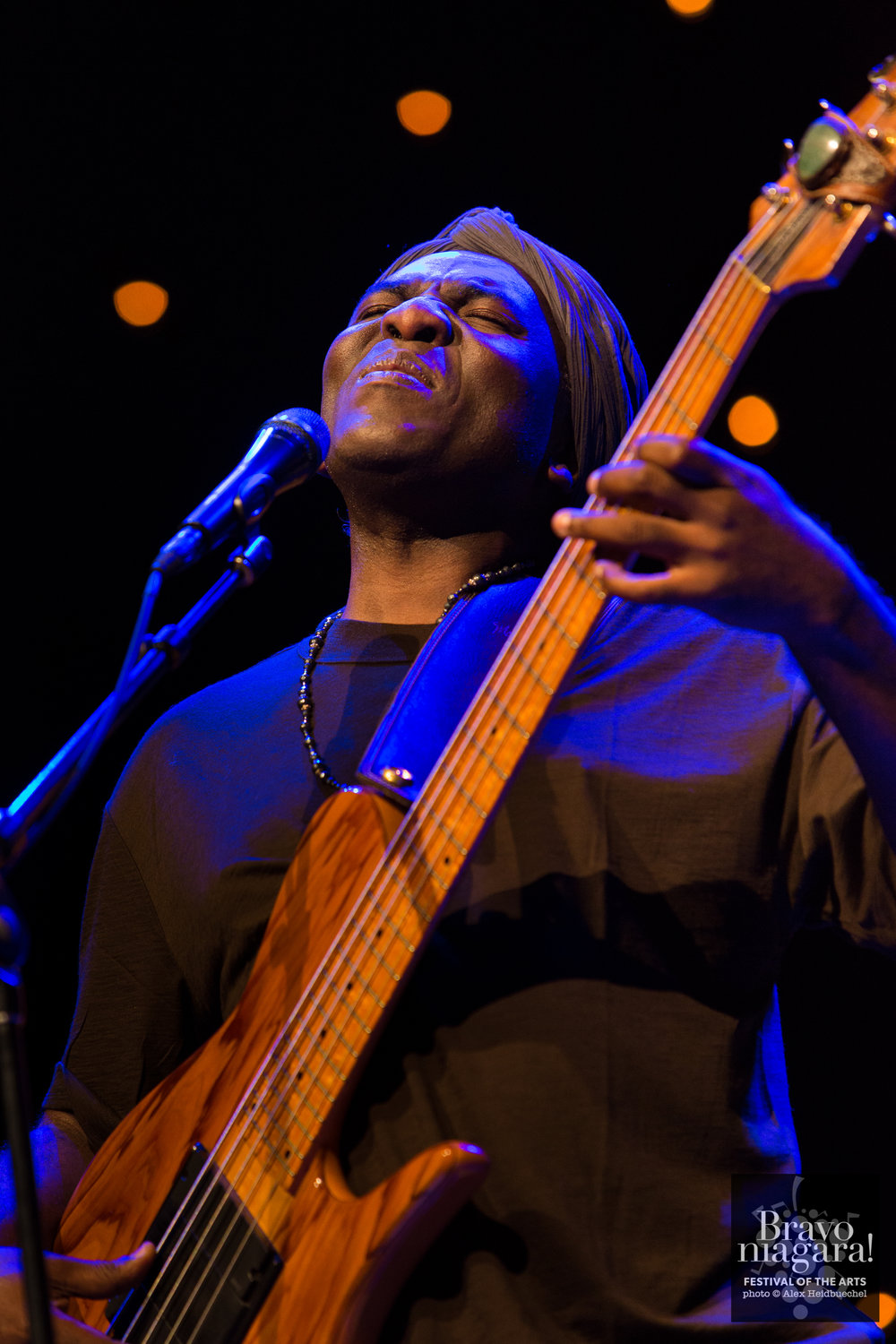 BRAVO! - Richard Bona - 2017 © Alex Heidbuechel - Flashbox Photography-20.jpg