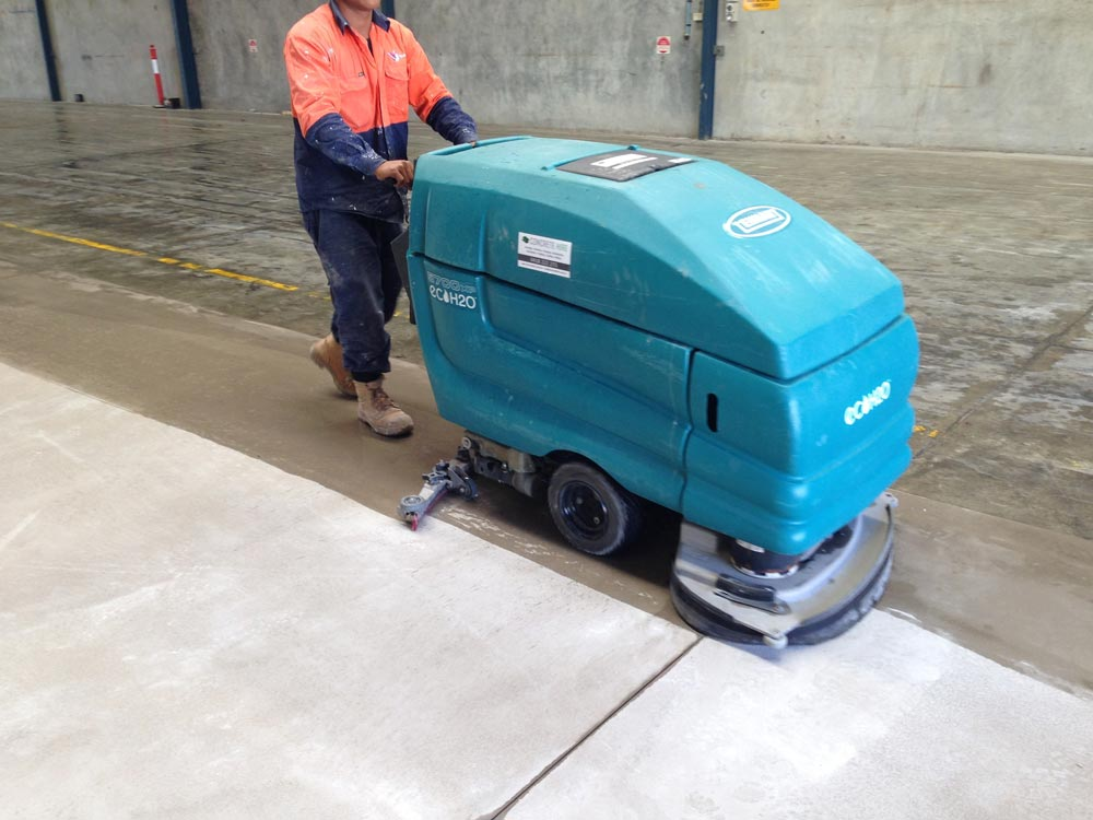 Self propelled floor scrubber hire