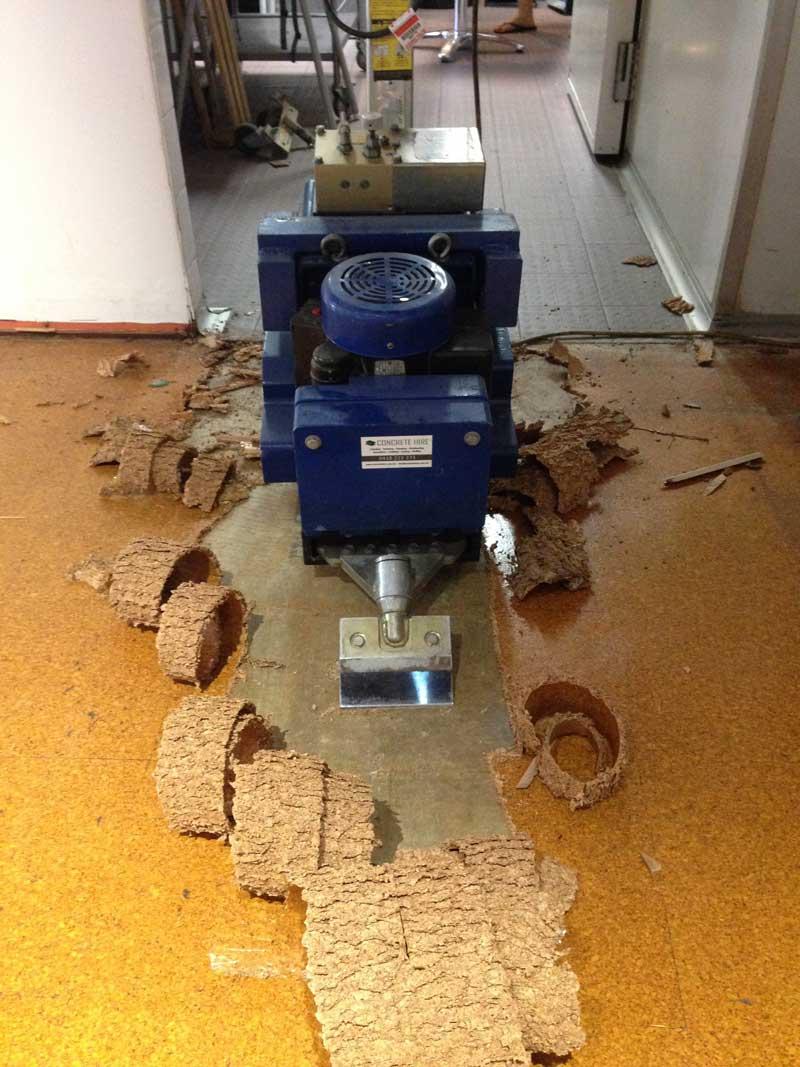 Hire floor tile removal machine floor scraper rental concrete hire weight 165kg dailygadgetfo Images