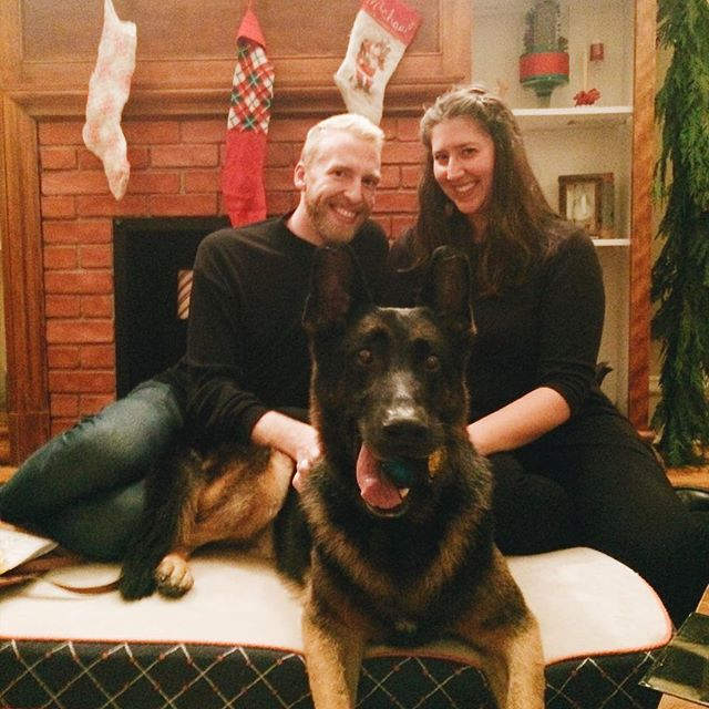 🌲Happy Holidays from Ryan, Annie + someone else's dog.
