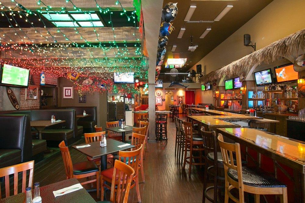 Taco Beach Pine Ave LORES-5.jpg