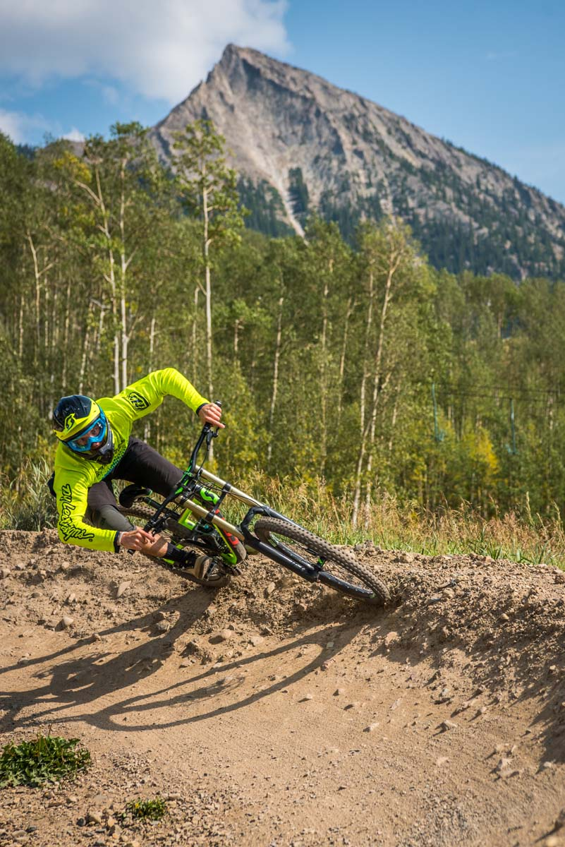 mountain-biking-crested-butte_trent-bona_crested-butte-mountain-resortBona_750_7087.jpg