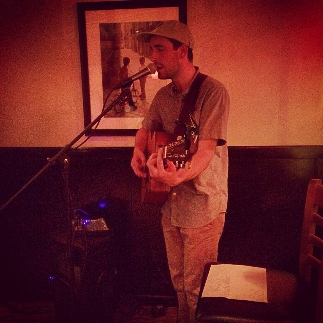 Kyle Andrews performing at 909 #btownbeat #burien #kyleandrews