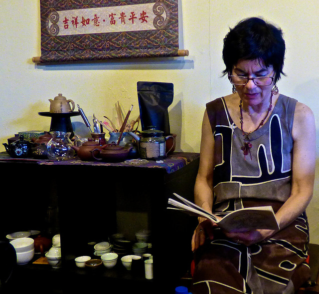 Poets West at Phoenix Tea