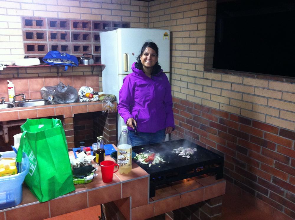 I køkkenet på en campingplads i Australien