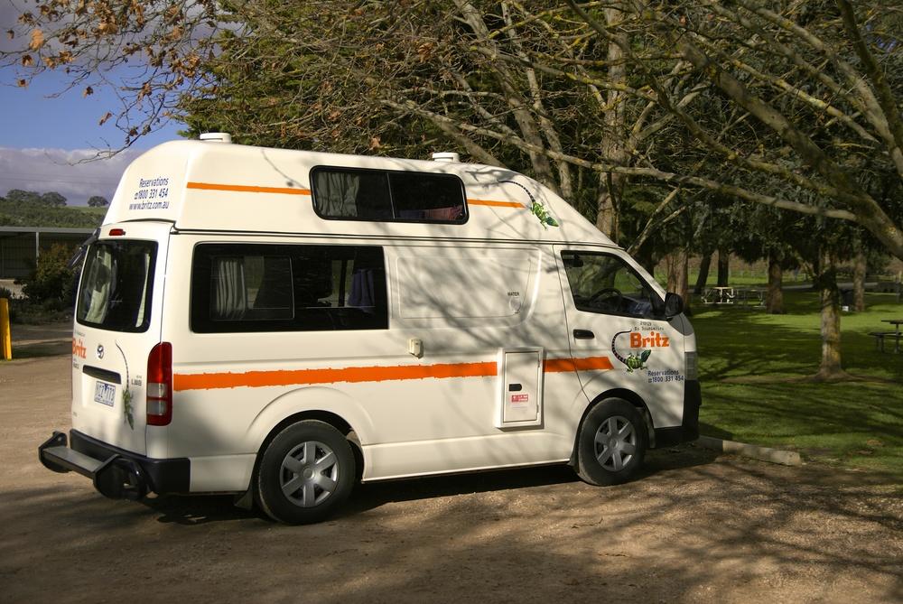 Vi havde denne type campervan i det sydlige Australien og i New Zealand. Anton sov oppe under taget!